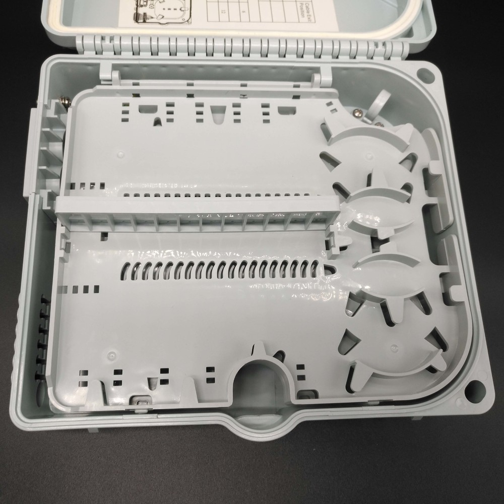 New lock 12 Ports access terminal box for FTTH network